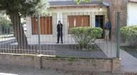 Delincuentes intentaron, en la madrugada de este lunes, ingresar al domicilio de la familia, en Belgrano y Lucio Mansilla.