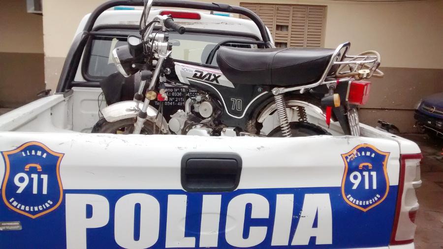 moto secuestrada patrullero