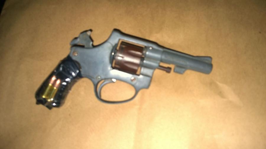 revolver secuestrado