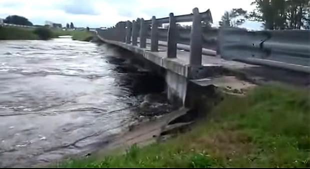 puente rio areco