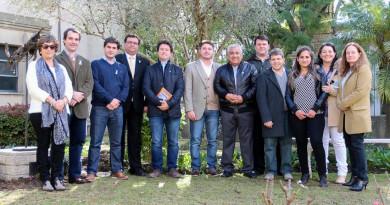 funcionarios provinciales junto a autoridades municipales