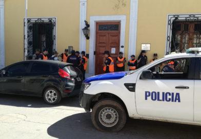 La policía detuvo a otros dos prófugos más del hecho calificado del lunes