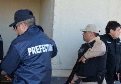 Policía Rural que se desempeña en Capitán Sarmiento fue aprehendido por Prefectura