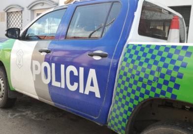 Vecinos retuvieron a un delincuente que intentó sustraer un celular