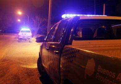 San Nicolás: Balearon a un hombre delante de su pareja en un robo en una casa