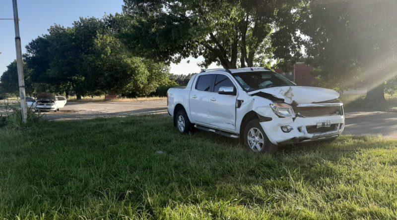 Dos autos choraron frontalmente en la Ruta 191