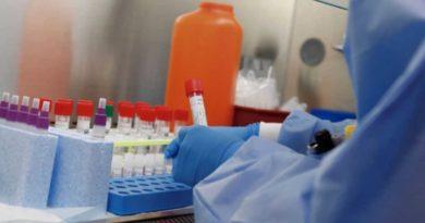 Un nuevo estudio demuestra que la vacuna contra el coronavirus de Oxford funciona cuando entra a las células